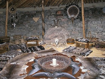 The Earthlodge - Interior